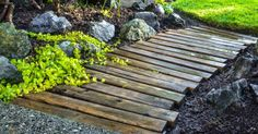 Oftentimes, a well-planned path can take a backyard from good to great! However, it seems like lots of hours and money are needed in order to get the pathway you're wanting. Instead of walking away from all that money, here are some pathway ideas that you can do... #diy #garden #gardenpath