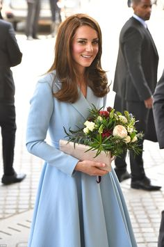 Kate Middleton visits sunny Luxembourg in a baby blue coat Lady Diana, Windsor, Style Kate Middleton, Pippa Middleton, Duchesse Kate, Princesa Kate Middleton, Prince William And Catherine, Catherine Walker, Royal Life