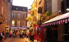 """""""Dublin's Temple Bar district in the evening."""" (From: 50 Beautiful Photos of Ireland)"""