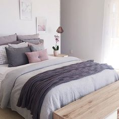 Sophisticated Bedroom Color Pallet | Neutral Colors | Grey and Pink | Grey and Blush Bedding