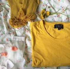 aesthetic is everywhere Yellow Fashion, Comfort Zone, Photos, Sun, Color, Inspiration, Instagram, Tops, Style