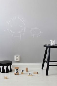 Here are some great ways to display kid's artwork that honours their creativity and look great in your home. Boost children's imagination!
