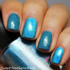 Sweet Southern Haze: Colors By Llarowe Spring Frenzy 2014: Holo Comparison! CbL Young Turks (middle & pinkie)  vs  Thriller (index & ring)
