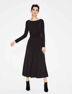 Lucille Jersey Midi Dress New In at Boden Ankle Length Skirt, Latest Fashion Dresses, Navy Midi Dress, Dresses For Work, Summer Dresses, Ethical Clothing, Navy Women, New Wardrobe, Special Occasion Dresses