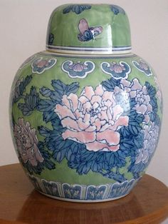 Porcelaine Large Chinese ginger jar  One of a by mapietreasures,-Lovely jar!
