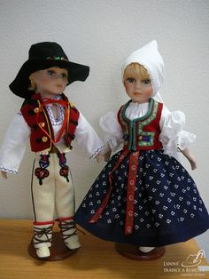 Krojované panenky - pár z valašska