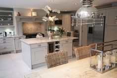 Our gallery of hundreds of real-life kitchen ideas. Including case studies and designer input, helping you to get ideas for your new kitchen. Real Kitchen, Open Plan Kitchen, Kitchen Paint, Kitchen Living, Country Kitchen, Kitchen Decor, Kitchen Walls, Kitchen Ideas, Grey Kitchen Diner