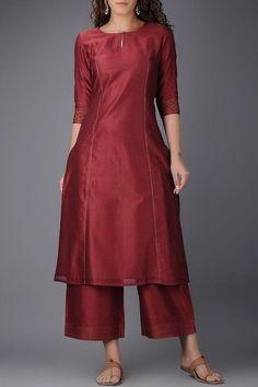 New Image : Salwar designs Salwar Designs, Silk Kurti Designs, Kurta Designs Women, Kurti Designs Party Wear, Simple Kurta Designs, Neck Designs For Suits, Dress Neck Designs, Designs For Dresses, Blouse Designs