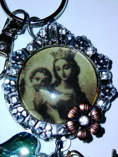 Blessed Virgin Mary Queen of Heaven Keychain by 59BeadsforMary