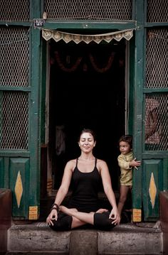 #India has many things to show us and a #yogaholiday is the perfect way to discover it! Book via www.yoga-on-holiday.com