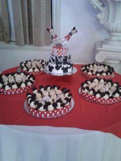 mickey & minnie #red #black #white #M #R #cake #xv #MARTHA #ROBERTO