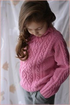 Girls Sweaters, Baby Sweaters, Knitting For Kids, Baby Knitting, Baby Sweater Patterns, Trendy Baby Clothes, Recycled Denim, Clothing Hacks, T Shirt Yarn