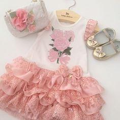 Look completo para uma mocinha... Um charme!!!#babydeluxe#lookinfantil#princess#vestidofesta#petitcherie#lookmenina