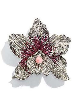 Chopard Daffodil-Shaped Brooch Made of Titanium, Spinel, Conch Pearl, and Diamonds, with a Touch of Pink at its Center.