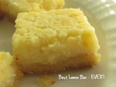 Sometimes you just need something lemony, you know? And, this weekend, I wanted lemon bars. Problem? They needed to be gluten-free and low-carb. Tall order, let me tell you! Now, I've eaten my fair...