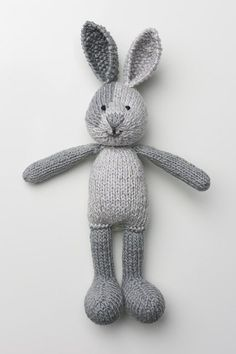 We've scoured the internet and found 17 unbelievably cute toy knitting patterns. These knit toys are sure to put a smile on any little girl or boy's face. patterns free toys 17 Unbelievably Cute Toy Knitting Patterns - Ideal Me Knitted Stuffed Animals, Knitted Bunnies, Knitted Animals, Knitted Dolls, Crochet Toys, Crochet Baby, Knit Crochet, Knitted Baby, Baby Knitting Patterns