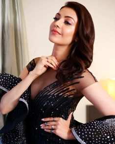 At Zee Apsara,Kajal Aggarwal most recently bagged the Best Actress of the Decade award.  Saying that she is humbled, grateful and overwhelmed. For more news read on Flico App #flicomovies #flico #KajalAggarwal #Tollywood #TollywoodActress #Telugu