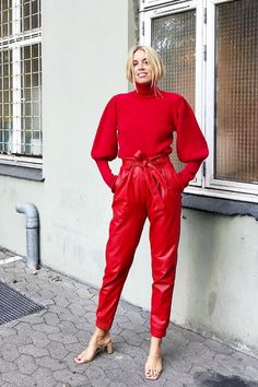 Tonal Autumn Outfits: The Surefire Way to Look Expensive Outfits In Rot, Edgy Outfits, Winter Outfits, Fashion Outfits, Couple Outfits, Rock Outfits, Party Outfits, Punk Fashion, Party Dresses