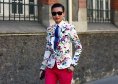 Esther Quek is the flawless lady in the fashion world and a distinguished fashion director and stylist, renowned for her effortless take on glamour and menswear.  She is also the fashion director of The Rake, La Femme and Revolution magazines.