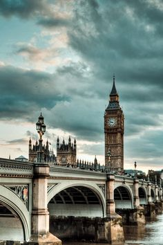 Westminster Bridge London, and Big Ben, England. Places Around The World, Travel Around The World, Dream Vacations, Vacation Spots, Places To Travel, Places To See, Wonderful Places, Beautiful Places, Beautiful London