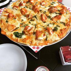 Pizza boneless de pollo