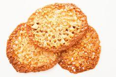 Crisp Oat Caramel Cookies