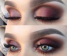Burgundy eye makeup for blue eyes with nice details – Watch out Ladies