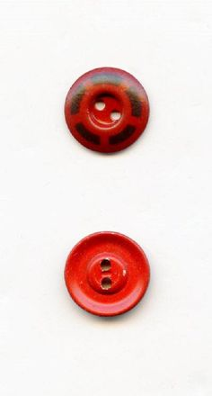"""1//2/"""" Vtg 70s Lot of 24 Buttons Red Orange Color Buttons 12mm"""
