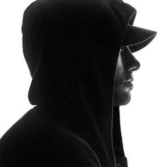 Shared by Lady Old School. Find images and videos about eminem, slim shady and marshall mathers on We Heart It - the app to get lost in what you love. Eminem Memes, Eminem Rap, Divas, Marshall Eminem, Eminem Wallpapers, Eminem Poster, First Rapper, Rasengan Vs Chidori, Eminem Photos