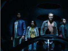 Da White Canary a Rip Hunter, The CW ha pubblicato i character poster degli eroi e dei criminali che formano la squadra di Legends of Tomorrow.