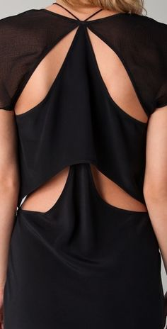 Back detail - T by Alexander Wang dress