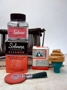 Vintage Typewriter Accessories - Type Cleaner - Eraser - Solvene