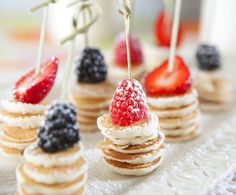 Mini Pancake Stacks {Brunch Foods That Rock}! The post Mini Pancake Stacks {Brunch Foods That Rock}! Birthday Brunch, Brunch Party, Birthday Breakfast, Fruit Birthday, Brunch Wedding, Easter Brunch, Brunch Menu, Sunday Brunch, Kid Birthday Party Food