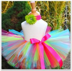 if and when i have a little girl she's gonna wear tutus everyday of her life! they are so cute and soo fun to make!