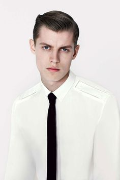 COUTE QUE COUTE: DIOR HOMME PRE-SPRING/SUMMER 2013 MEN'S COLLECTION LOOKBOOK