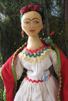 Frida Kahlo doll by www.etsy.com/shop/chicostudios