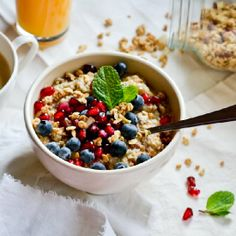 4-Minute Microwave Oatmeal. The perfect treat for those who want a filling breakfast without much hassle.