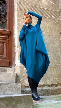 NEW Oversize Teal Loose Casual Top / Asymmetric Raglan von Aakasha
