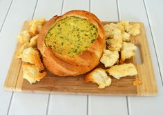 Simple Spinach Cobb Loaf Recipe - Create Bake Make Loaf Recipes, Dip Recipes, Snack Recipes, Cooking Recipes, Savoury Recipes, Appetizer Recipes, Recipies, Healthy Recipes, Spinach Cob Dip