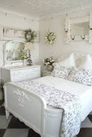 Love this gray and white shabby chic bedroom~ Shabby Chic Bedrooms, Shabby Chic Homes, Shabby Chic Furniture, Romantic Bedrooms, Romantic Room, Stylish Bedroom, White Bedrooms, Modern Bedroom, Shabby Chic Dressers