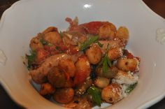 When you need a hearty dinner recipe with sausage that won't break your budget, try out Rustic Tomato Gnocchi and Sausage. Although this recipe may sound expensive, it's actually a cheap way to feed a large family. Italian Dishes, Italian Recipes, Italian Foods, Italian Cooking, Gnocchi Sausage, Sausage Recipes, Cooking Recipes, Homemade Hamburgers, Easy One Pot Meals