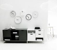 Via Annie Lindgren | Clocks | Black and White