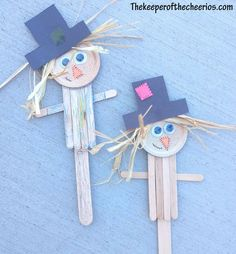 october crafts for kids Scarecrow Popsicle Stick Craft Materials: small popsicle sticks jumbo popsicle stick wiggle eyes black and orange construction paper Raffia black sharpie Easy Fall Crafts, Fun Diy Crafts, Thanksgiving Crafts, Spring Crafts, Preschool Crafts, Holiday Crafts, Arts And Crafts, Popsicle Stick Crafts, Craft Stick Crafts