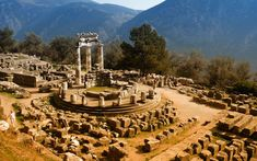 greece delphi | Right-click the wallpaper, select Set As Background.