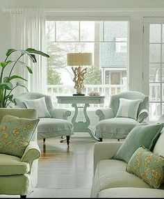 Cottage with Inspiring Coastal Interiors - Home Bunch Interior Design Ideas Coastal Living Rooms, Home Living Room, Living Room Decor, Living Spaces, Cottage Living, Cottage Chic, Apartment Living, Home Theaters, Home And Deco