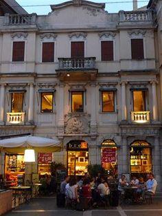 | ? | Buona sera! - street cafe in Padova | by ©...