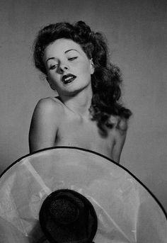 Jeanne Crain (c. 1945)