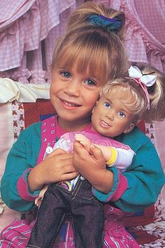 TV reboots have been all the rage lately, and Full House is no different. For the past three seasons, kids have been getting their Tanner family fix Mary Kate Ashley, Mary Kate Olsen, Full House Michelle, Full House Funny, Ice Queen Adventure Time, Full House Cast, Stephanie Tanner, Dj Tanner, Famous Twins