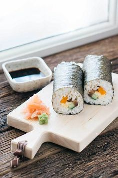 Traditional Sushi Rolls (Makizushi)