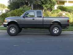 Showin off my 05 XLT. - Ranger-Forums - The Ultimate Ford Ranger Resource Ford Ranger Prerunner, Custom Ford Ranger, Ford Ranger Lifted, Ranger 4x4, Ford Ranger Truck, Ford Pickup Trucks, Small Trucks, Mini Trucks, Ford Raptor
